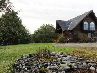 Secluded  home with huge deck, quiet location and warm wood fireplace