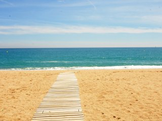 HomeHolidaysRentals Pineda II - Costa Barcelona
