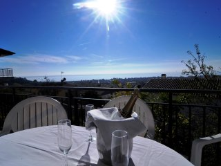 OP HomeHolidaysRentals Blanca - Costa Barcelona