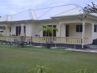 MY OZI PERL SELF CATERING GUEST HOUSE/S