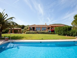 4 bedroom Villa in Pula, Balearic Islands, Spain : ref 5570400