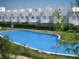 Casa completa con piscina y playa