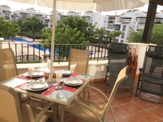 Stylish 2 Bed Apt, La Torre