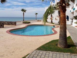 Paradise Villas #15, Puerto Penasco Beach Front Villa - Rocky