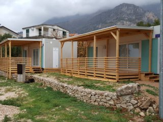 Property with 2 bedrooms in Živogošće, with furnished garden