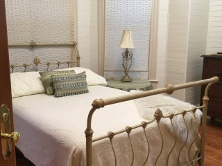 Ivory Room With Full Bath