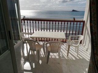 Apartamento económico en primera línea en Benidorm