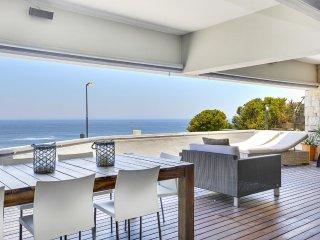 Clifton Apartment Sleeps 4 with Air Con - 5400325