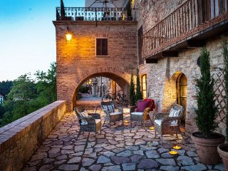 3 bedroom Apartment in Monteleone d'Orvieto, Umbria, Italy : ref 5218592