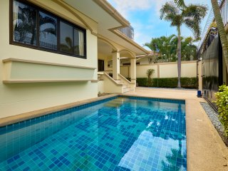 Value 3 bedrooms pool villa!!!!