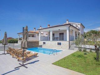 4 bedroom Villa in Labinci, Istarska Zupanija, Croatia : ref 5426507