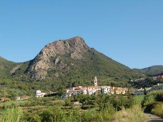Casa nel borgo in collina vicino al mare