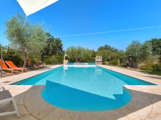 980 Luxury Trulli with Pool in Alberobello