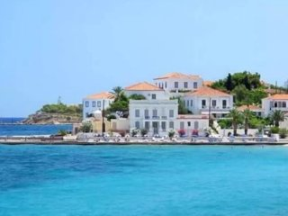 TRADITIONAL OLD MANSION IN THE ISLAND OF SPETSES, WITH SEA VIEW.