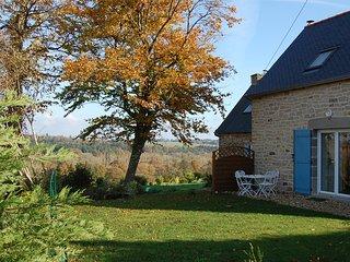 Coet Moru Gites, Lavender Cottage, detached cottage with rural views