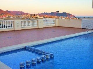 Stunning 3 Bed House. Sea views, Nr Beach, Pool, Air Con, Free WiFi, Netflix...