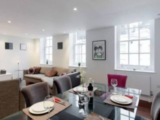 Luxe 3 Bed House in Belgravia