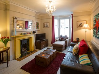 Large open plan front room