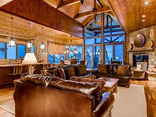 Lumber Jack Lodge: True Ski-In/Out on Green Run, Hot Tub, Pool Table