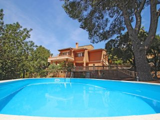 Villa Capllonch - 2 minutes from beach - AirCond -