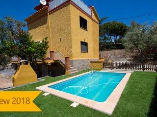 Catalunya Casas: Super Airesol C villa for 8-9 guests with a private, secure poo