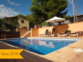 Catalunya Casas: Villa Vespella for 10 in the Spanish countryside, only 12km