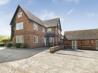 Beautiful Historic Farmhouse in Alcester