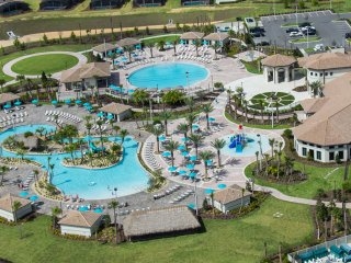 N9 - Disney Villa * ChampionsGate w/ Pool WaterPark Gym Golf 9BR/5bath Sleep 22