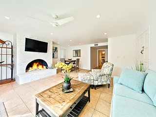 20% OFF OPEN DEC! Condo Just Steps from Beach w/ Deck & Beautiful Amenities