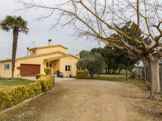 Casa de campo con piscina en Girona