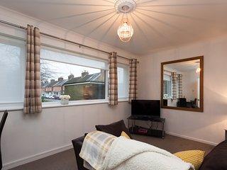 Popular apartment in a good location, Horsham