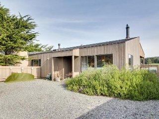 Dog-friendly home w/ ocean & golf views plus shared pool, hot tub, tennis
