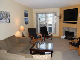 Big White Ptarmigan Inn #204: 2 Bedroom Standard