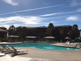 WM Two bedroom/2 bath unit at a beautiful resort near Coachella Music Festival