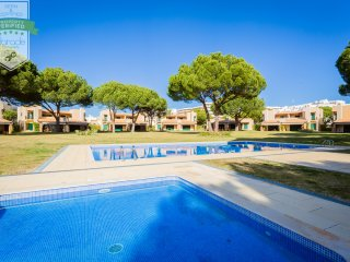 Vilamoura Tennis beach condo - up to 8