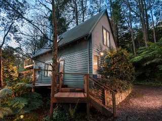 Santosa Cottage - Sassafras Santosa Cottage - Year Round Rate