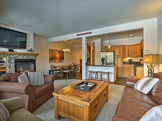 NEW! 4BR Condo w/Hot Tub by Winter Park Resort!