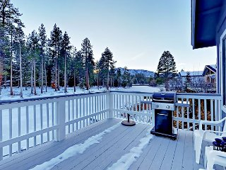 Renovated 3BR in Tahoe Keys w/ Private Hot Tub - Near Heavenly