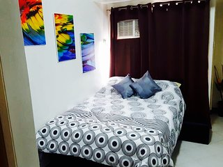 Fully Furnished Studio Condo with Balcony in Malate Manila. Monthly rentals.