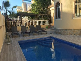 Casa de Enebro 3 Bed 2 Bath detached villa with pool