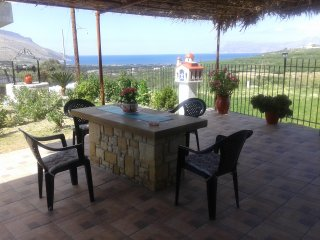 ' Gramvousa's filoxenia apartment '(a big appartment near Balos and Falassarna)