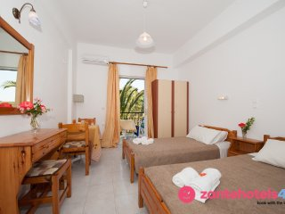 Valianos Studios for 2 with cooking facilities in Alykanas, Zakynthos!