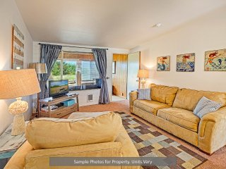 Ocean Shores Holiday Apartment 25457