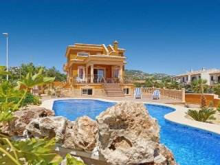 10 bedroom Villa with Air Con and WiFi - 5334292