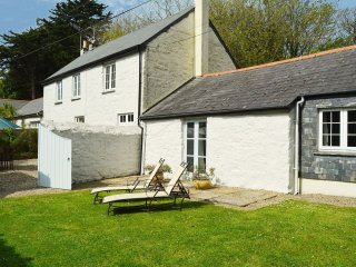 Mews Cottage - Holiday Cottages in Cornwall