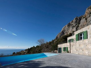 3 bedroom Villa in Kotisina, Splitsko-Dalmatinska Zupanija, Croatia : ref 557084
