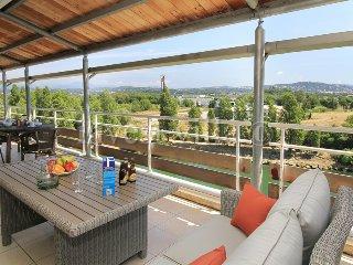 3 bedroom Apartment in Les Termes, Provence-Alpes-Cote d'Azur, France : ref 5238