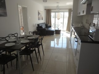 3 Bed Aparment, Sea Views. 63Avr