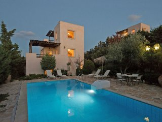3 bedroom Villa in Lístaros, Crete, Greece : ref 5570564