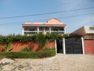 Location villa dans un endroit calme à Saly
